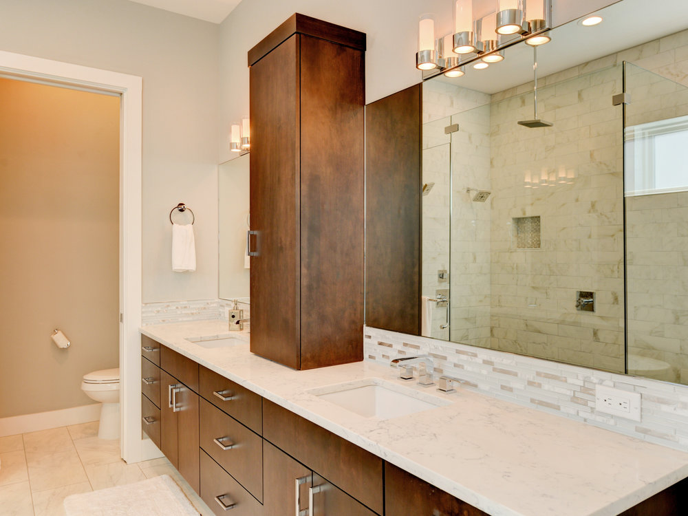 019_Master Bathroom .jpg