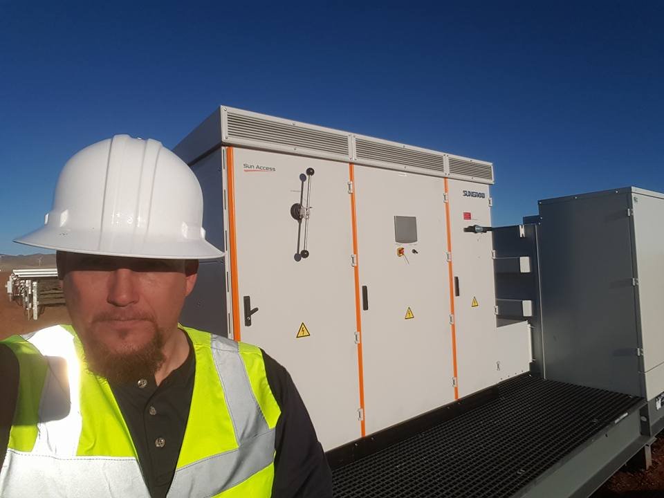 Service and maintenance solar farm central inverter