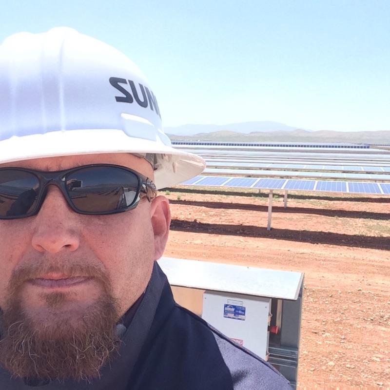 Ground mount solar farm near bakersfield, california