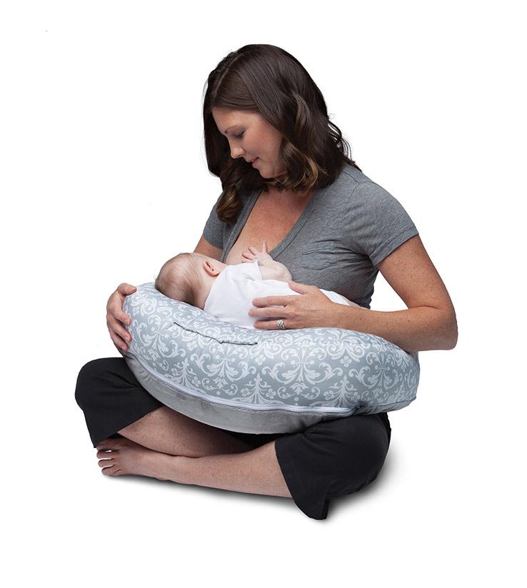 Boppy pillow.jpg