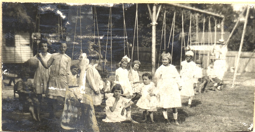Children swinging at Guggenheimer-Milliken in 1914, the year it opened.