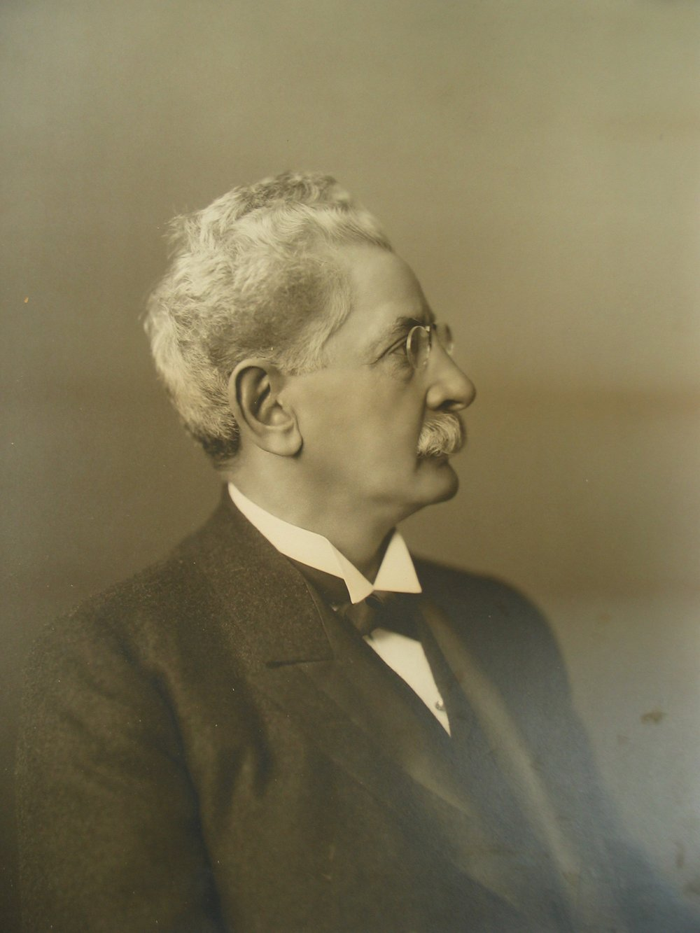 Max Guggenheimer, Jr.  Of the Jewish faith, Guggenheimer served in the Confederate Army and led many successful businesses in the city and served on City Council.