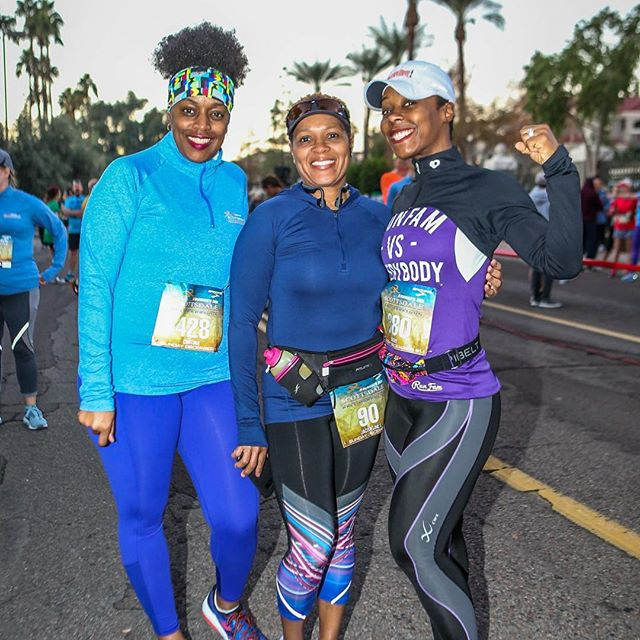 #tbt to last year's race 😊 Registration for this year's race will be opening soon! It will be the lowest price of the year so stay tuned for details! #scottsdalehalfmarathon #scottsdale5k