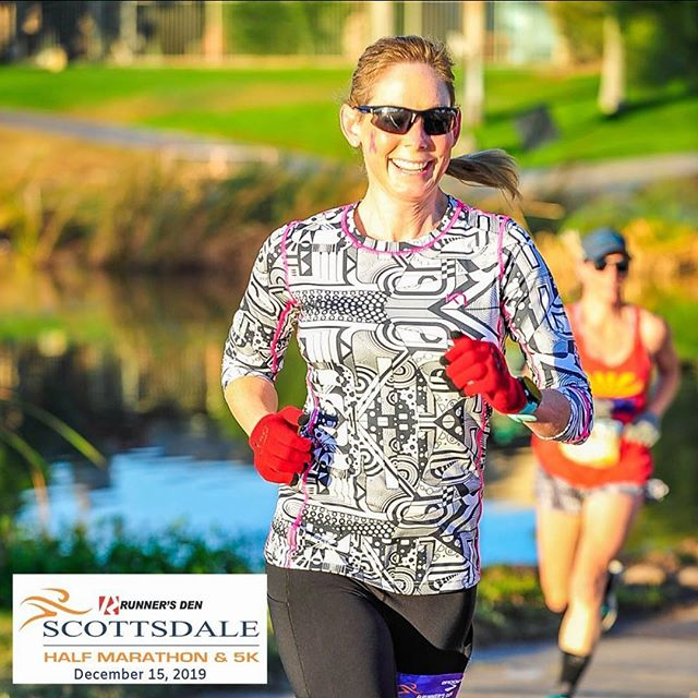 Amazing weather? Flat course? Smiling faces? Great bling? What's YOUR favorite thing about the #ScottsdaleHalfMarathon or the #Scottsdale5k? #halfmarathon #5k #instarunners #running #run