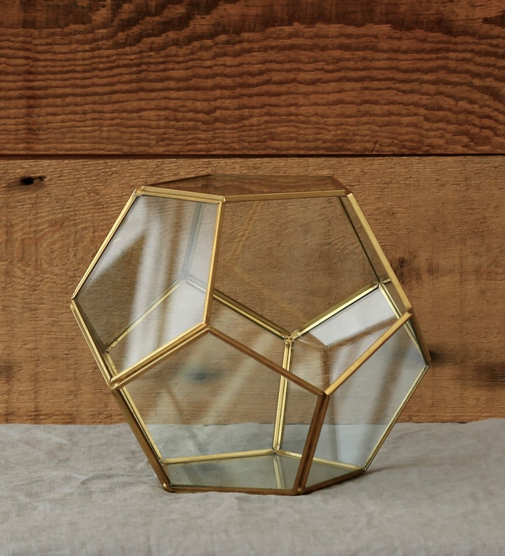 Octagonal Glass Display Box
