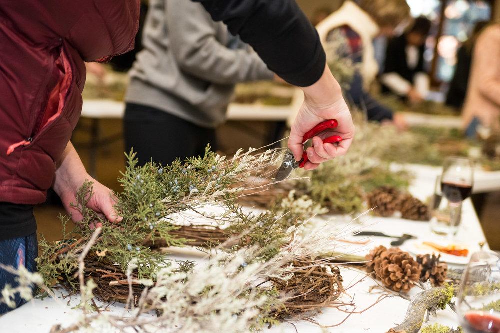 Summer Robbins Flowers Holiday Wreath Workshop FivePine Lodge Sisters Oregon-039.jpg