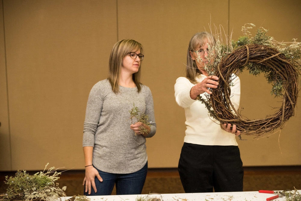 Summer Robbins Flowers Holiday Wreath Workshop FivePine Lodge Sisters Oregon-051.jpg