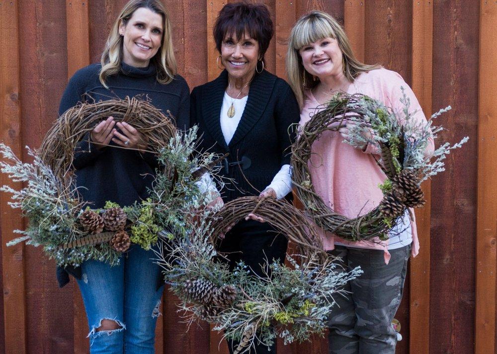 Summer Robbins Flowers Holiday Wreath Workshop FivePine Lodge Sisters Oregon-076.jpg