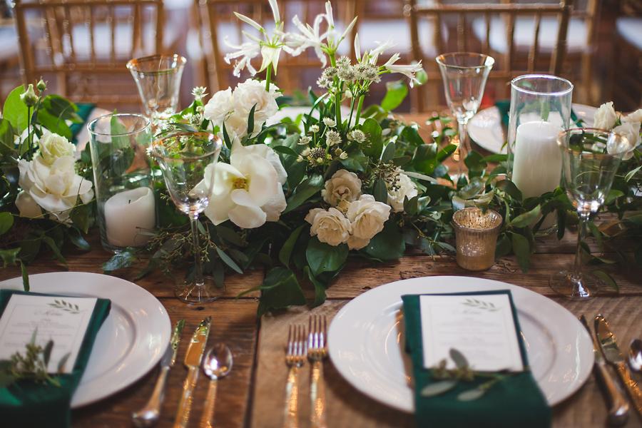 heavenmcarthur-summerRobbins-flowers-wedding1-286-webRes.jpg