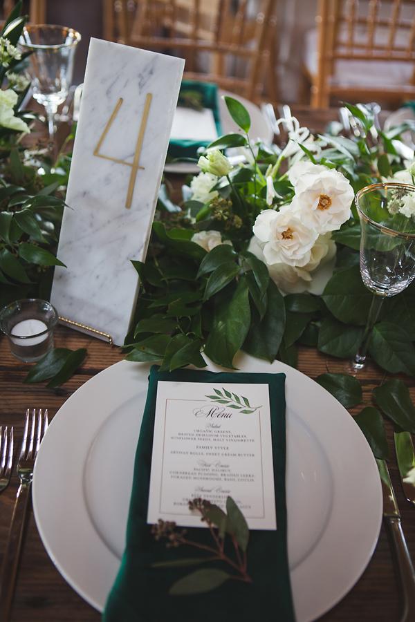 heavenmcarthur-summerRobbins-flowers-wedding1-198-webRes.jpg