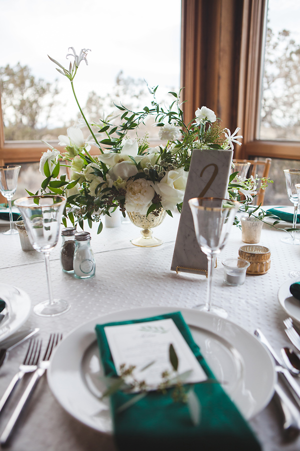 heavenmcarthur-summerRobbins-flowers-wedding1-213-webRes.jpg
