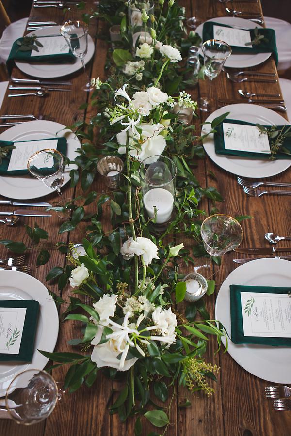 heavenmcarthur-summerRobbins-flowers-wedding1-239-webRes.jpg