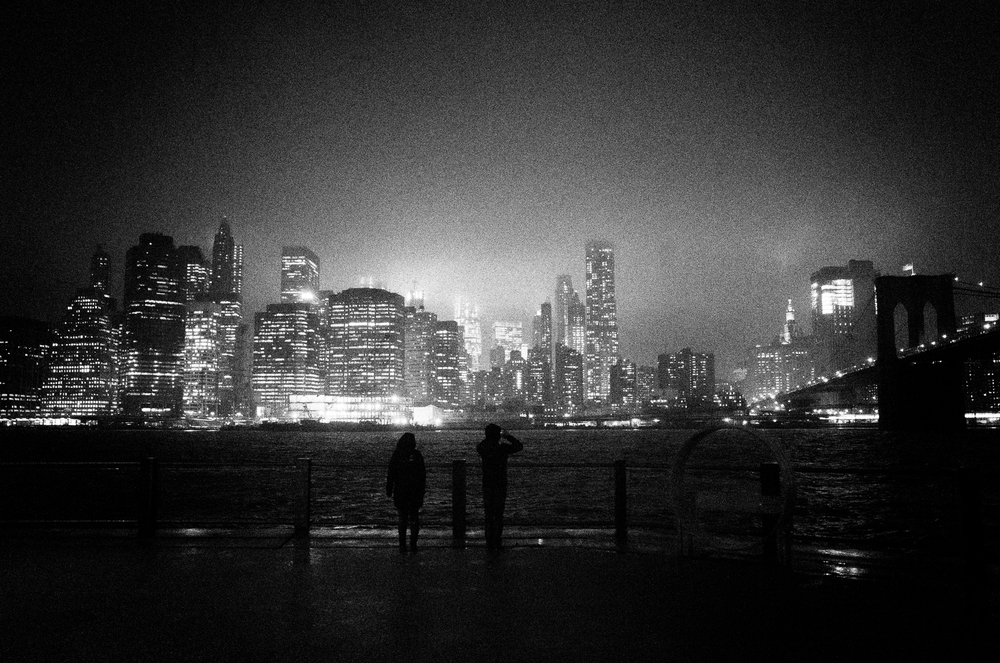 Looking across the East River toward Manhattan. Brooklyn.