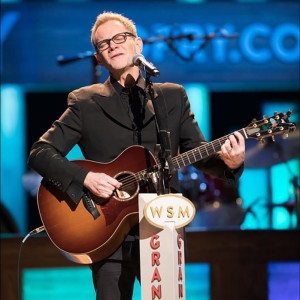 Steven Curtis Chapman will sing at Ark Encounter Aug. 5.