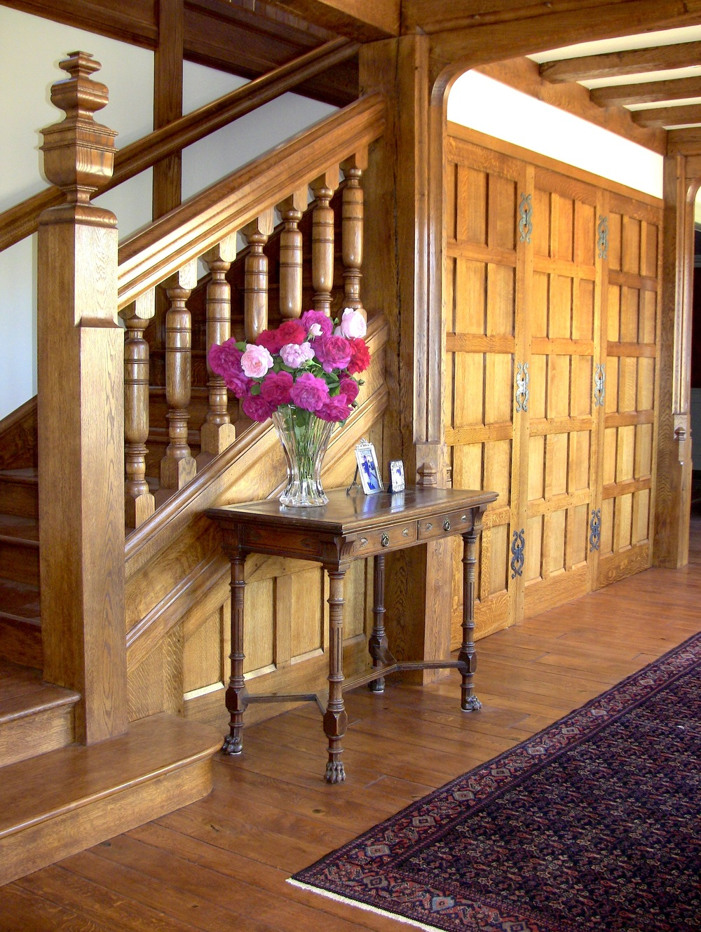 "The main stair design is an exact replica of the design for Lutyens' ""Munstead Wood"" in Surrey."