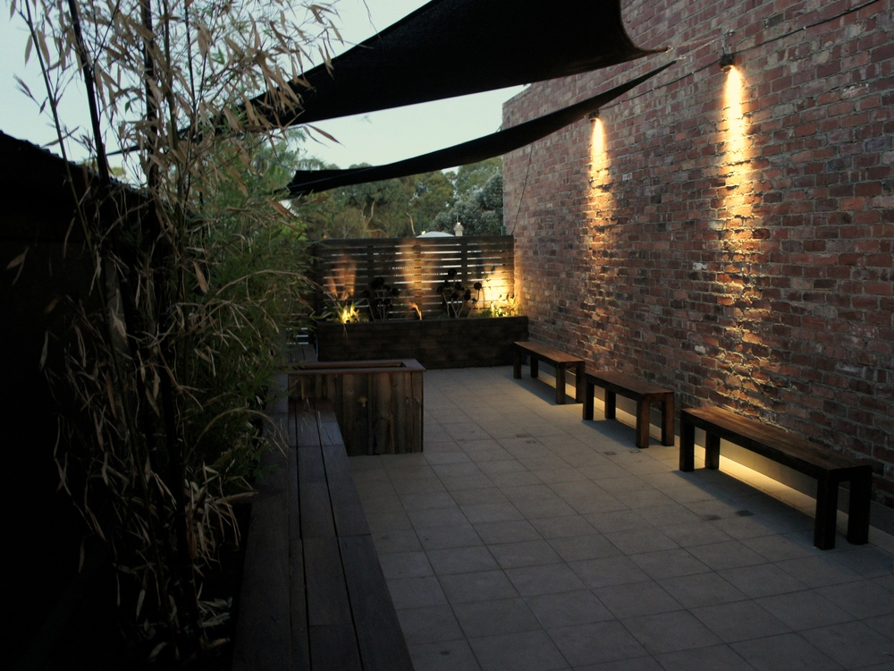 Upstairs outdoor area