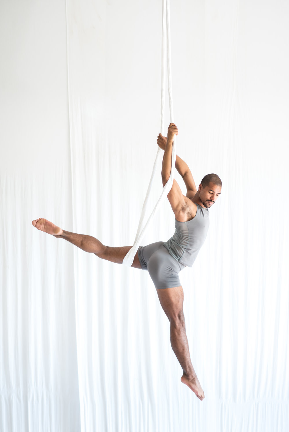 JOIN US!   The School of Aerial Dance Chicago offers programs for youth, teens and adults, beginner through professional.    Learn More