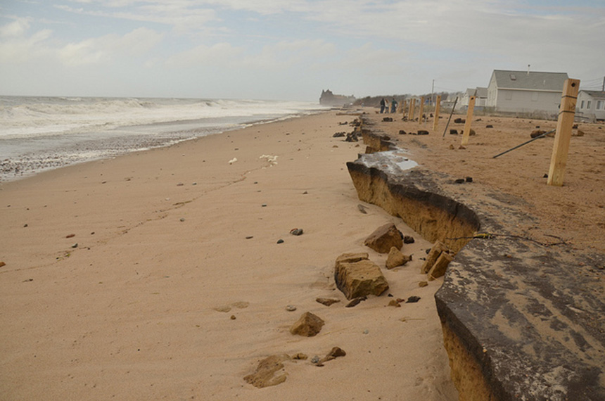 Erosion along the Matunuck, R.I., shoreline is a growing concern. (R.I. Sea Grant)