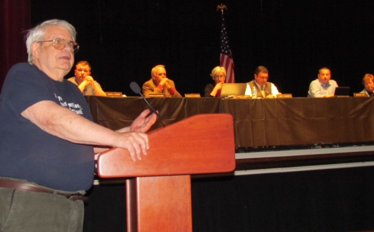 Resident Barry Craig says the Town Council can oppose the power plant.