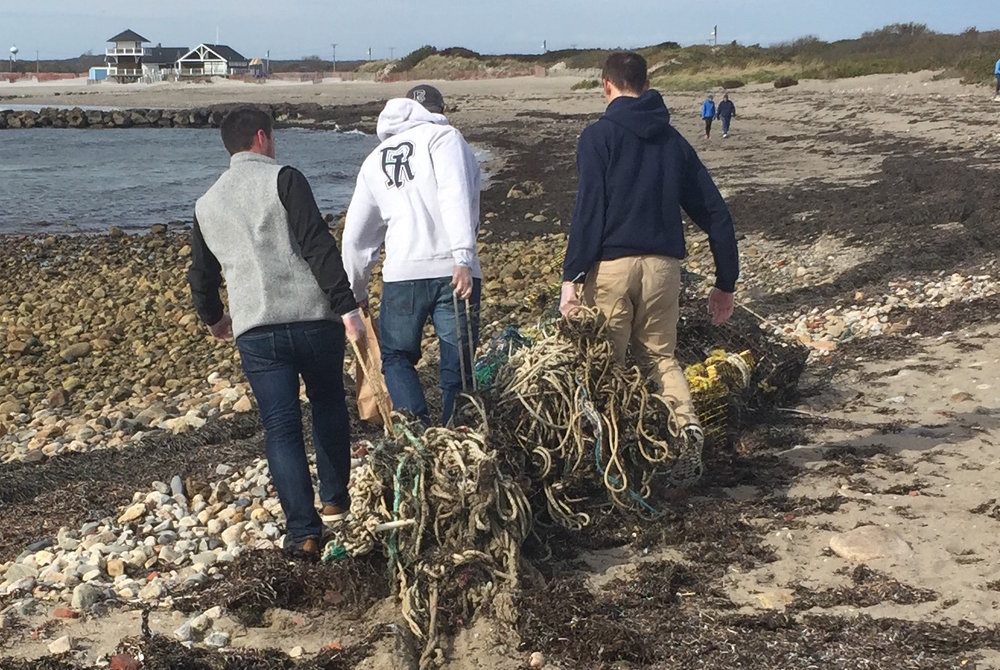 The Ocean Notion founders during a recent beach cleanup. (The Ocean Notion)