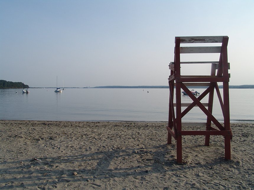 Sandy Point Beach in Portsmouth, R.I., has been closed to swimming on two occasions this summer because of high bacteria counts in the Sakonnet River. (Frank Carini/ecoRI News photos)