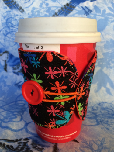 Scrap buster - A green coffee cozy for your morning commute