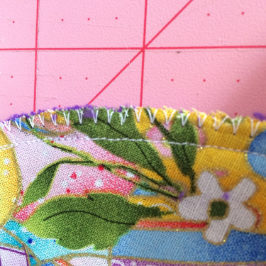 1/4 inch seam allowance and zig-zagged edges