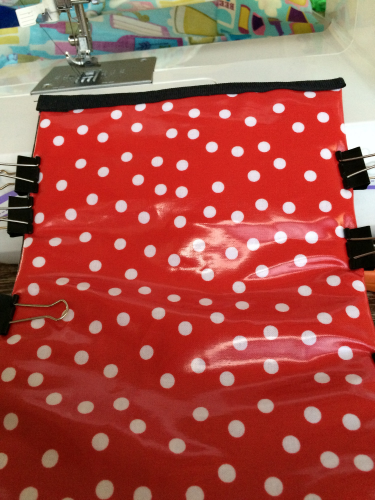 If using two different fabrics you will decide now which will be the outer fabric and which will be the lining