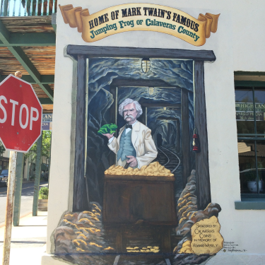 Mural of Samuel clemens in Angels Camp