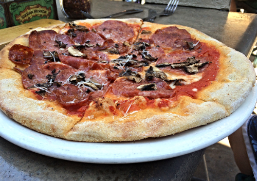 Brewer's Pizza  Pale ale salami, pepperoni, mushrooms, mozzarella and san marzano sauce