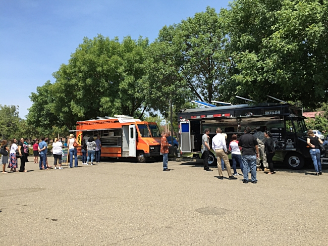 Food Truck Gathering lines