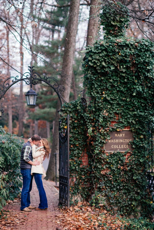 Brett&JennyEngagementFredericksburg-149.jpg
