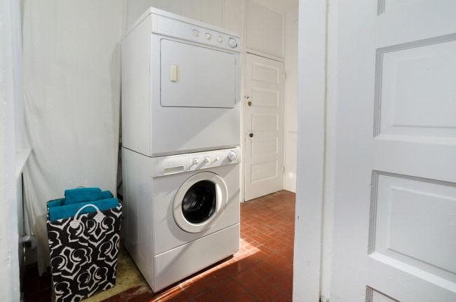39Collingwood Laundry.jpg
