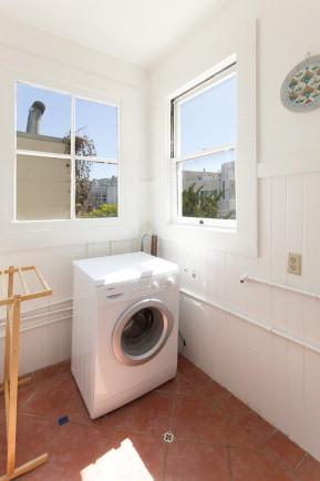 22Linda Laundry.jpg