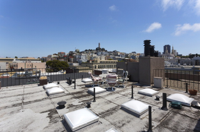 444Francisco205 RoofDeck.jpg