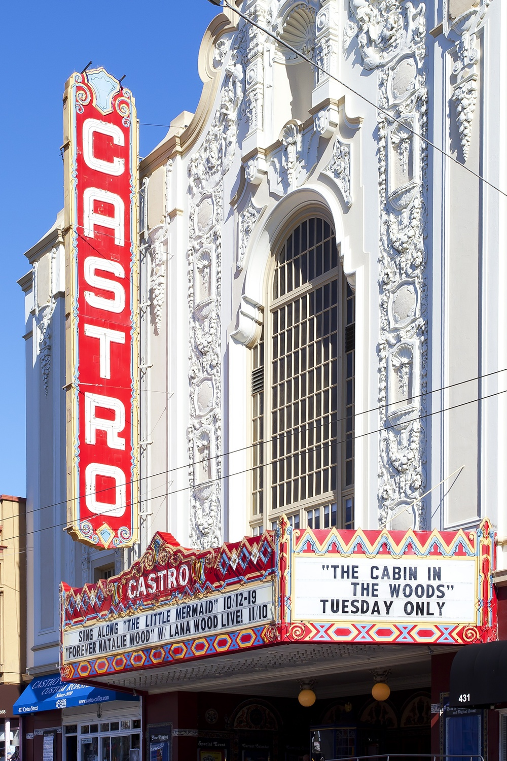 EurekaValley_CastroTheatre_Sign.jpg