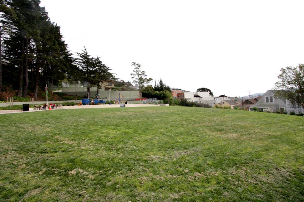 430 Mangels - Sunnyside playground.jpg