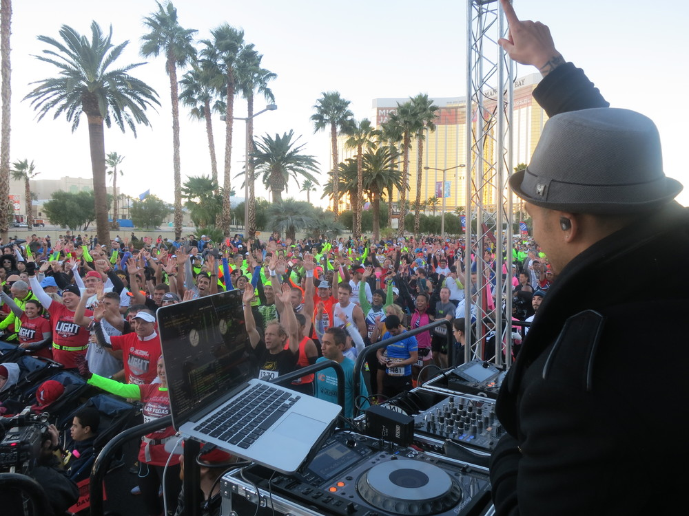 DJ Hapa in Las Vegas Rock and Roll Marathon