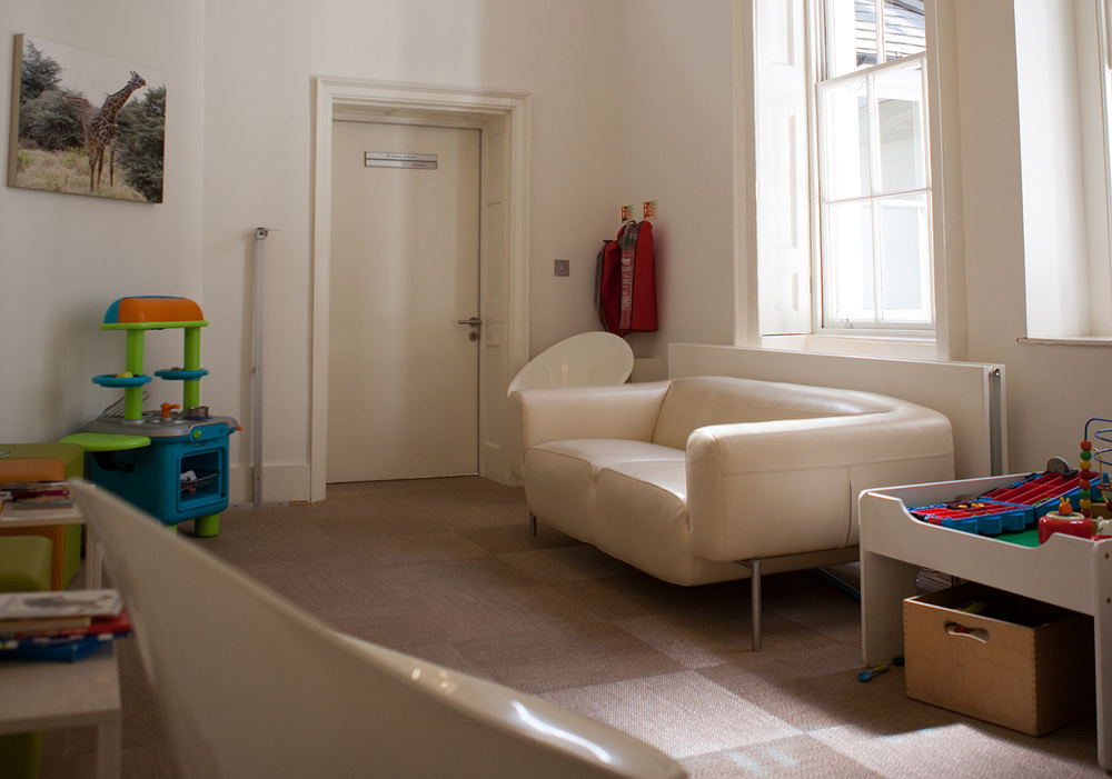 london-childrens-clinic-waiting-room