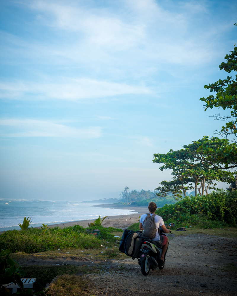 In search of waves in Bali. The perfect combo of zen, adventure and exploration.