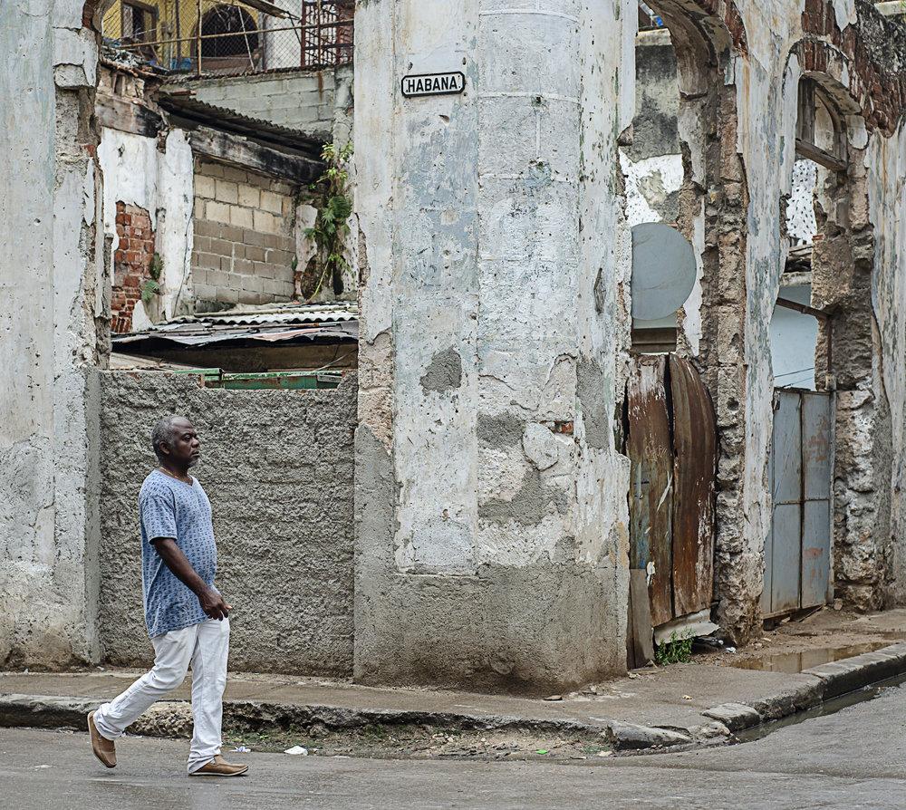 El Callejero de la Habana - The Stroller of Havana