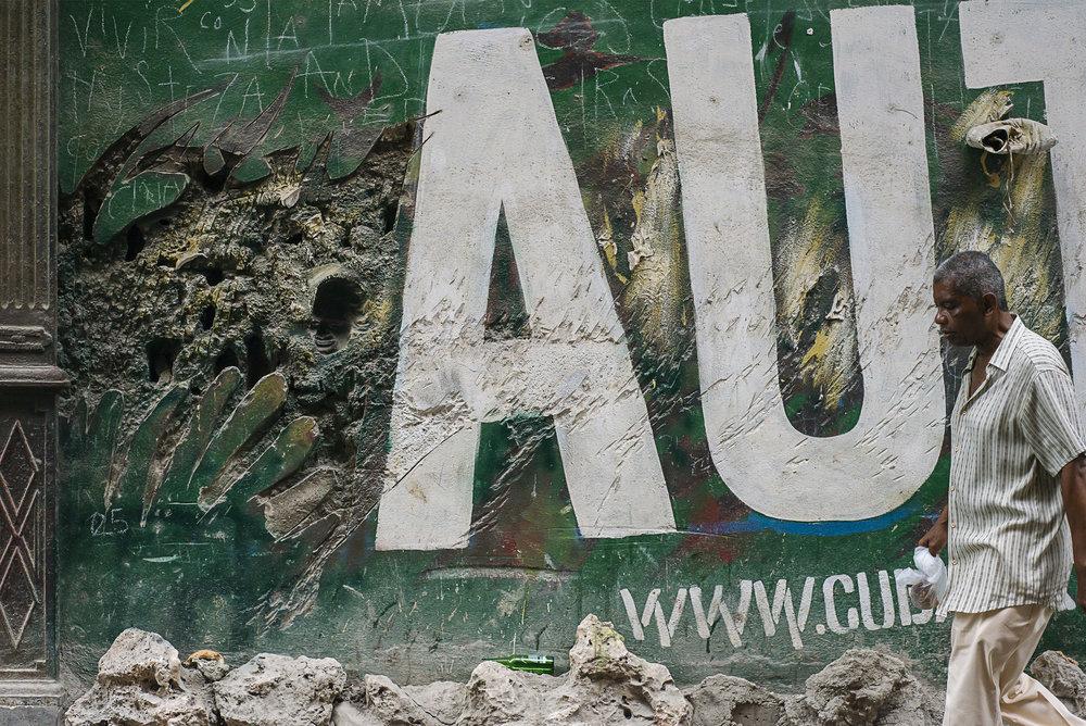 Mural de la Calle - Street Mural