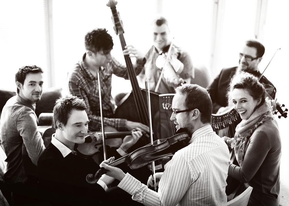 Fiddlers' Bid 2014, photo by Kris Kesiak 5 bw.jpg