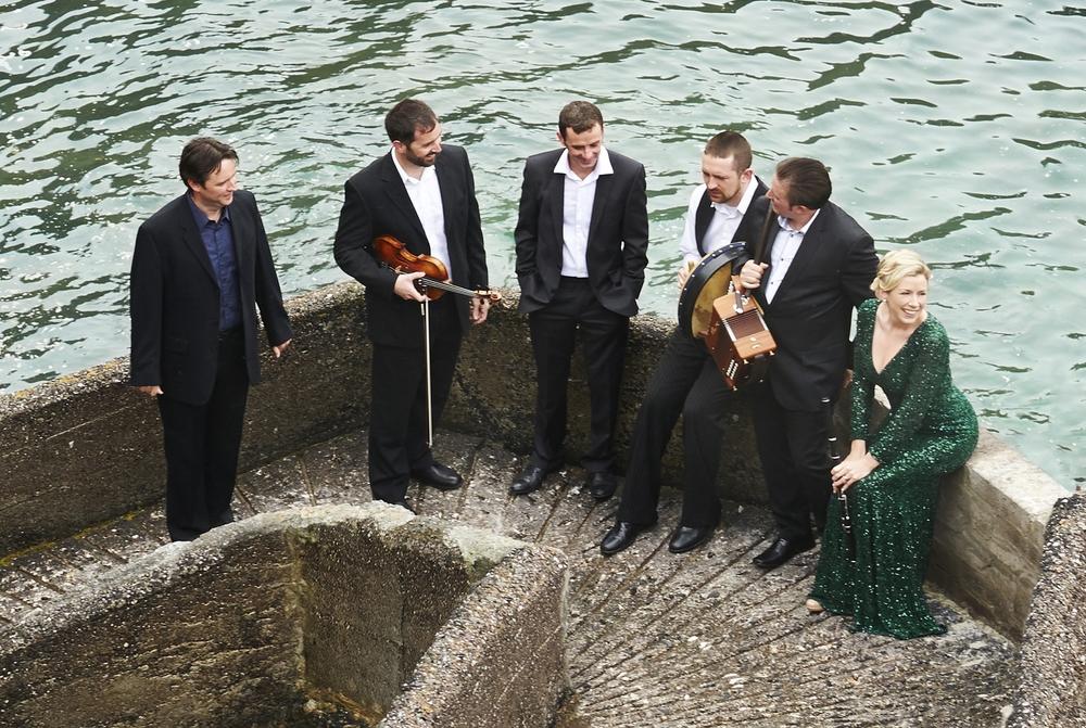 Danú frå Irland - spelar på den store utekonserten på Festplassen fredag 3. juli.