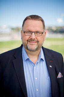Svein Harberg (Høgre) opnar festivalen.