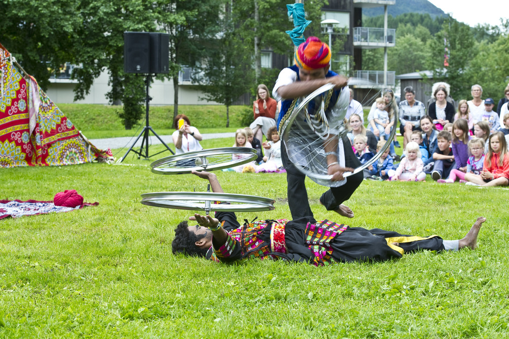 Geir Birkeland Circus RajDSC_2139.jpg