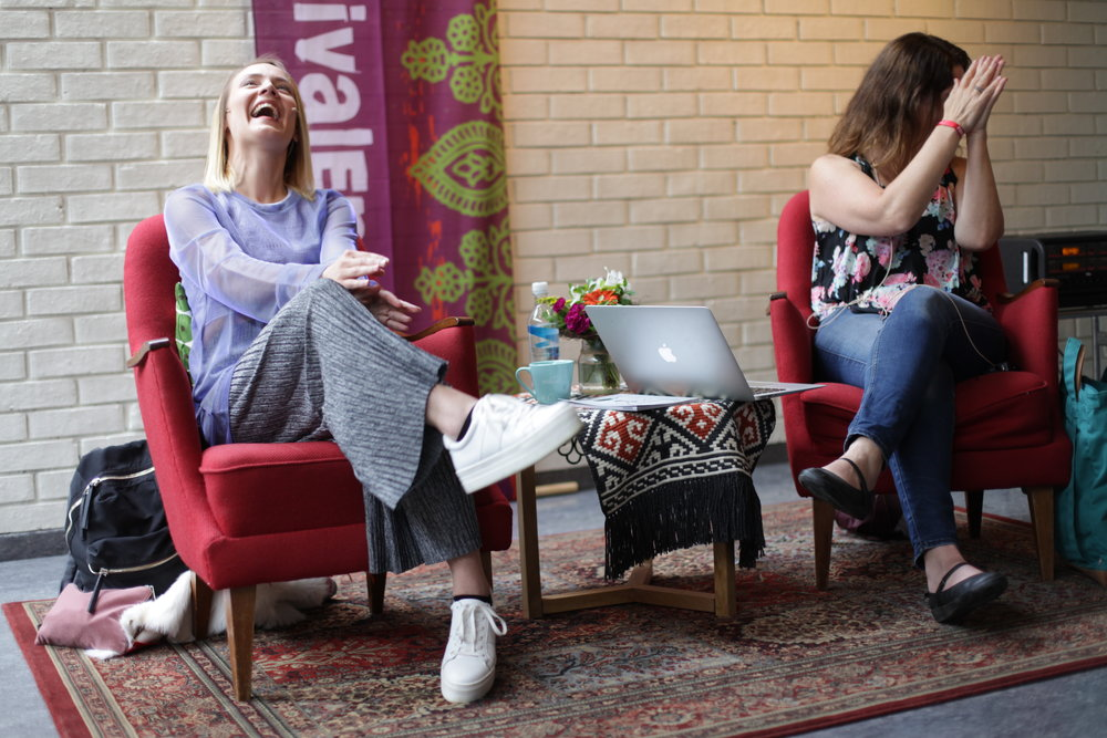 Elle Márjá Eira i samtale med Janne Karin Støylen. Foto: Heidi Hattestein