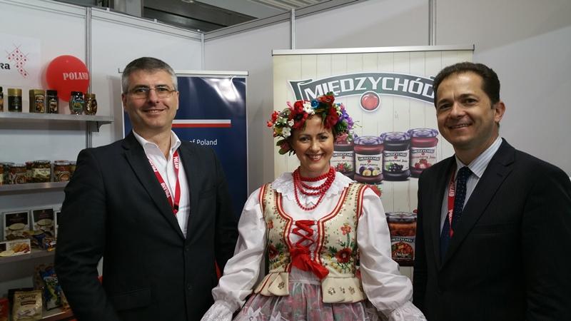Ambassador Pawel Milewski, Antonia Kaucz & Mirek Zarnowski.jpg