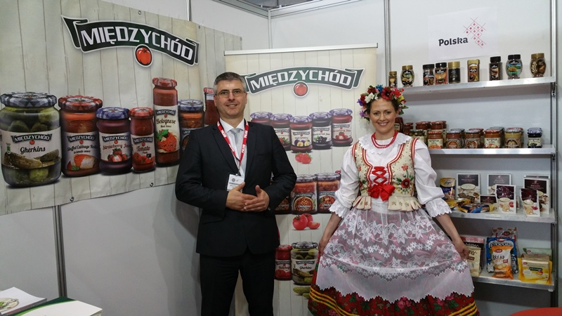 Polish Stand Fair Food Sydney 2015 Mirek Zarnowski and Anotnia Kaucz.jpg