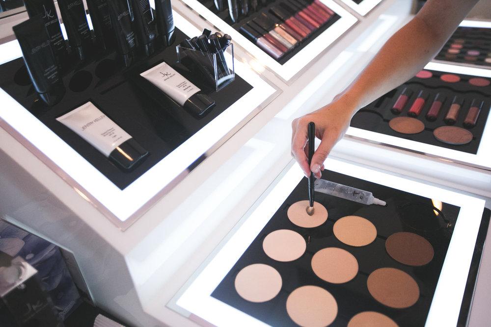 makeup bar.jpg